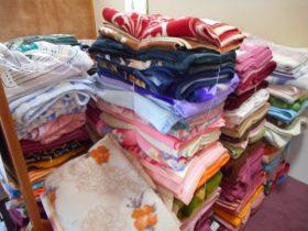 アフリカへ毛布をおくる運動3