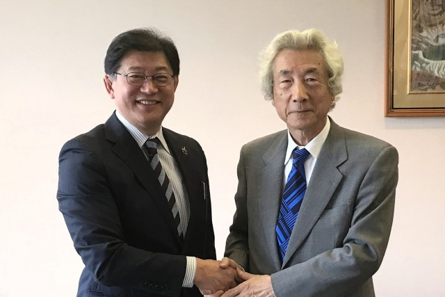 小泉元総理と近藤教会長(HP使用)